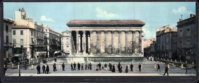 Nîmes. La Maison Carrée.