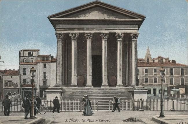 Nîmes. La Maison Carrée